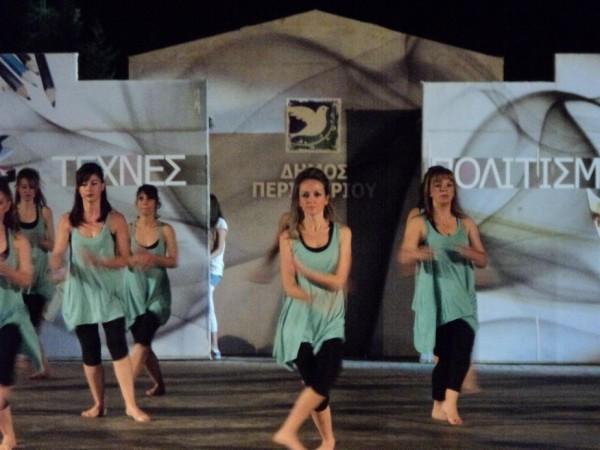Χορευτικά απο τους μαθητές των δημοτικών εργαστηρίων χορού