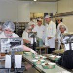 Λειτουργία μαγειρείων και διανομή φαγητού από τον Δήμο Περιστερίου