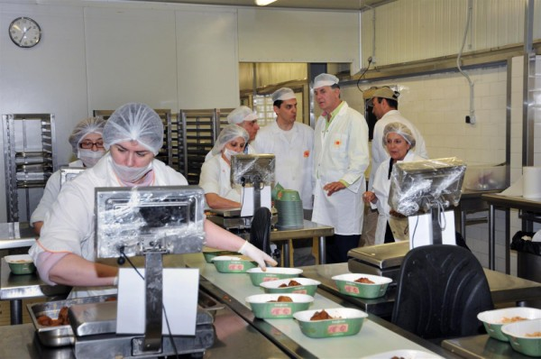 Από την λειτουργία των μαγειρείων στον Δήμο Περιστερίου