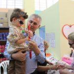 Δωρεάν σχολικά είδη από τον Δήμο Περιστερίου