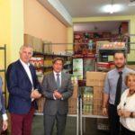"""Ενίσχυση φοιτητών της δράσης """"ΣΕ ΕΧΩ ΕΝΝΟΙΑ""""  του Δήμου Περιστερίου με προϊόντα από την Oriflame"""