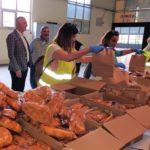 Κατ' οίκον διανομή δωρεάν εκατοντάδων γευμάτων στις ευπαθείς κοινωνικές ομάδες του Δήμου Περιστερίου